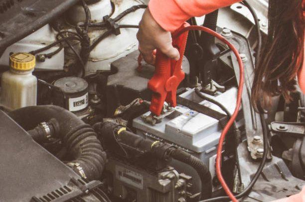 Sinais de que a bateria do seu carro está morrendo
